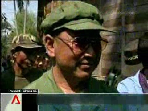 Cambodia #43 - News : Khmer Rouge face trial  - 03.10.2008