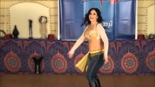 مهرجان الوسادة الخالية أداء الراقصة دانيلا