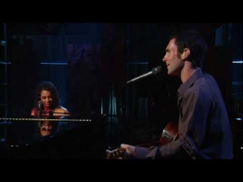 Alicia Keys - Wild Horses (Featuring Adam Levine)