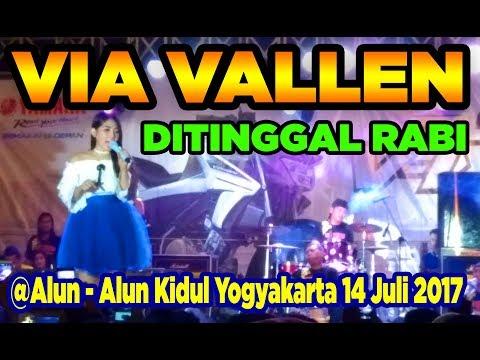 Via Vallen - Ditinggal Rabi - Live Alun-alun Kidul Yogyakarta - OM MAHARDIKA FullHD