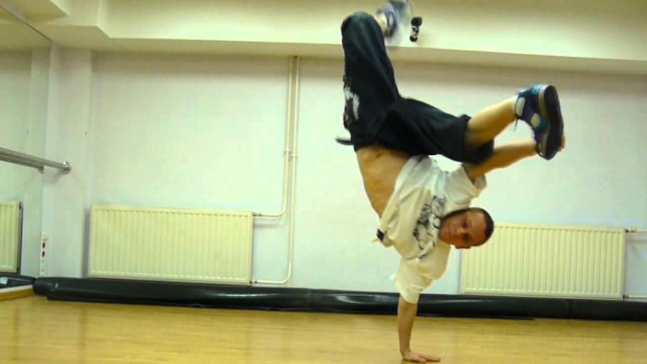 One hand freez Tutorial BREAK DANCE Jump Step Crew Dance
