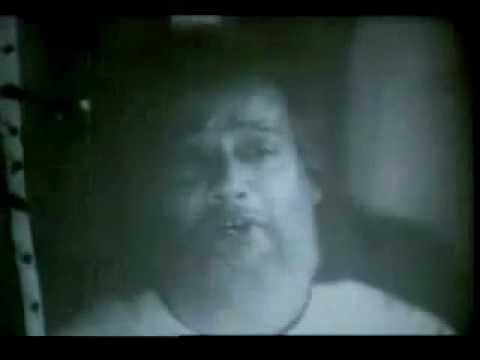 Bangla Old Movie Song-amar Mon To Bosena Greeho Kaje video