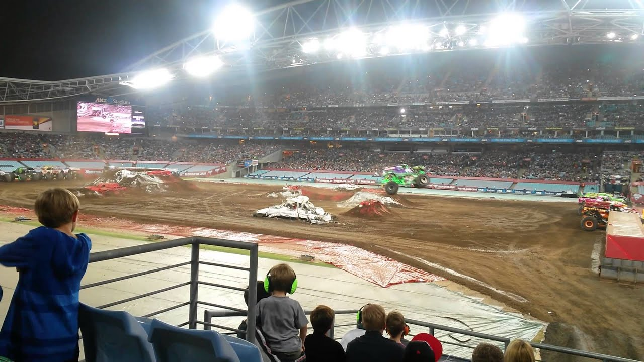 monster jam sydney pitpass gurmit - photo#4
