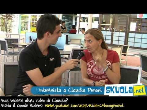 Ridi con Skuola: intervista a Claudia Penoni
