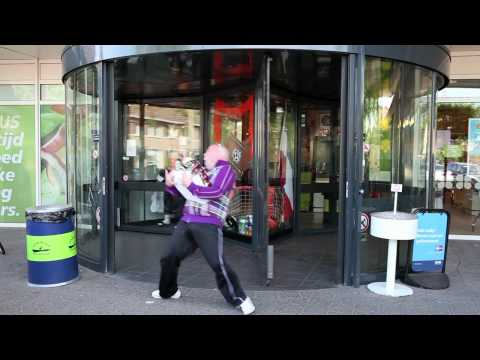 Lawineboys ft. Dj Jerome - Sex Met Die Kale (Officiele Videoclip)