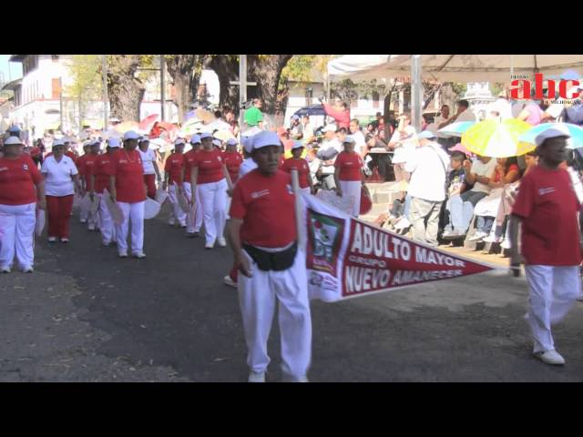 20 de Noviembre de 2012 Desfile deportivo en Uruapan