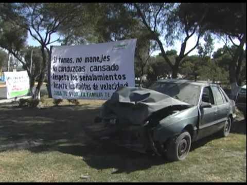Galería de autos chocados por exceso de velocidad y alcohol