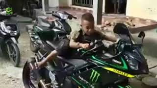 this child becomes moto gp commentator