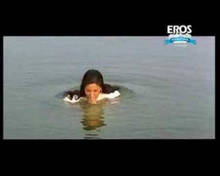 Chiranjeevi Sonali Bendre - Scene From Indra - The Tiger video