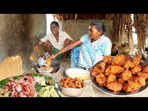 Play this video how santali tribe couple cooking CHICKEN PAKORA and eating with rice wine rural village life india