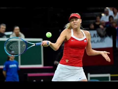 Highlights: Karolina Pliskova (CZE) v Maria Sharapova (RUS)