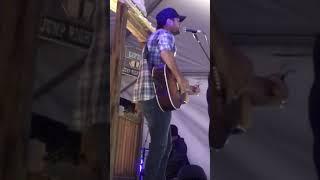 Luke Bryan - Most People Are Good MP3