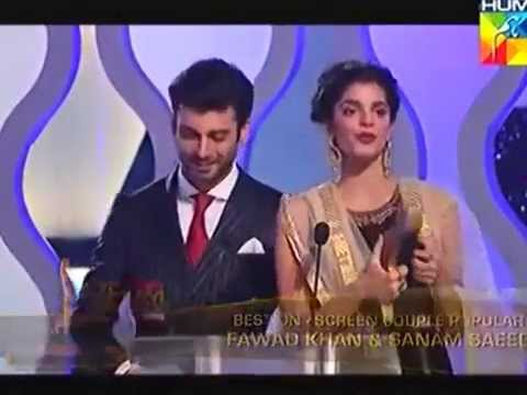 Fawad Khan & Sanam Saeed win Best on screen couple Award for Zindagi Gulzar Hai |HumTV 2014 awards.