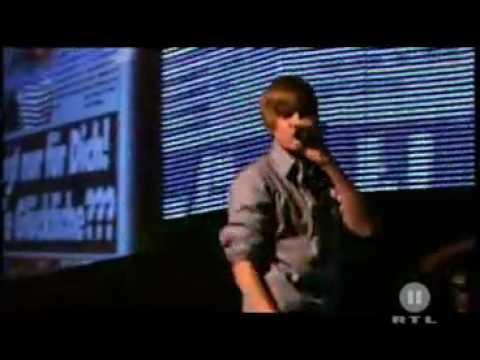 Dailymotion - Justin Bieber Love Me Live music video ...