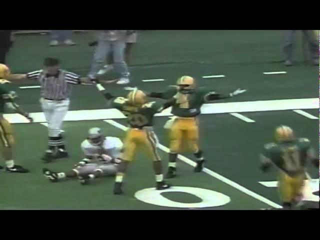 Oregon CB Herman O'Berry knocks away a deep pass vs. WSU 9-07-1991