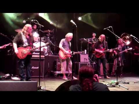 Warren Haynes, Grace Potter, Bob Weir, Trey Anastasio, Bobby Keys&The Roots- Whipping Post