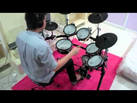 Bat Country : Avenged Sevenfold cover drums by : Yean