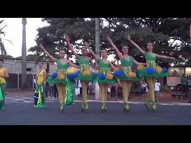 Ballet Petrushka em ASSIS/S.P.