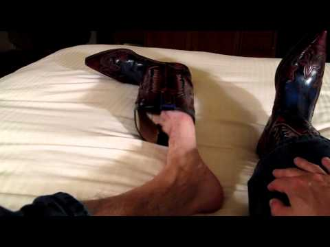Lonely Sendra Cowboy:  Hurricanes, Gold Toe & Barefeet video