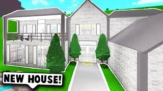 MY NEW HOUSE TOUR! (Roblox Bloxburg) Roblox Roleplay