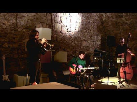 Jazz trio 3207721084 per contatti: Vincent