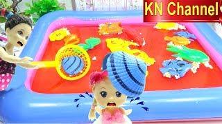 Đồ chơi Câu Cá BÚP BÊ BARBIE BẮT CON SÒ LỤA | Fishing toys game Kids toys TRÒ CHƠI CÂU CÁ