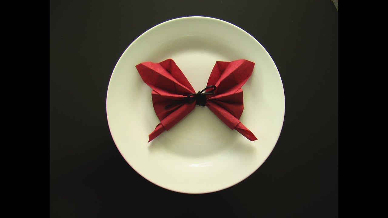 Plier une serviette en papillon origami youtube - Plier serviette de table ...