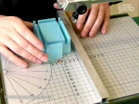 Come fare gli arredi in un plastico di architettura youtube for Come fare i miei piani di casa