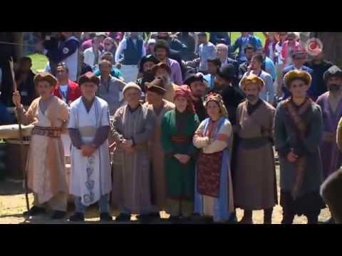 Başbakan  Ahmet  Davutoğlu Diriliş Ertuğrul setini ziyaret etti