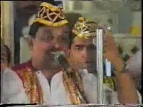 A Hindi Song Of Roti Kapda & Makan Film Sung By Sbi Staff Members In Year 1993.. video