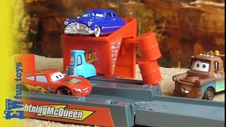 Ramp Jump Lightning McQueen Doc Mater Disney Pixar Cars Story Set