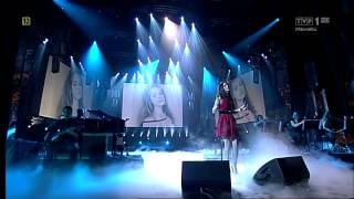 Lana Del Rey - Video Games - Lyrics (Live) HD