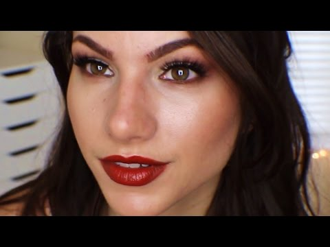 Vampy Lips & Soft Smokey Eyes | Makeup Tutorial