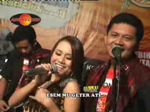 Lintang Duwur Kutho - Eny Sagita (Official Music Video)