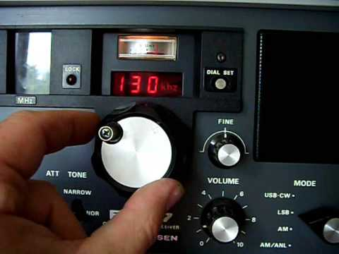 Tuning my Yaesu FRG-7 Communications Receiver on 40m & 80m