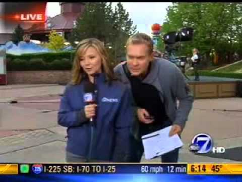 Lisa Hidalgo Interviews Sam Champion of Good Morning America at Elitch Gardens May 18 2011