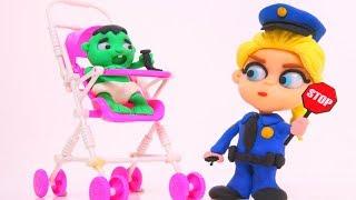 ELSA POLICE STOPS HULK ❤ Superhero & Frozen Elsa Play Doh Cartoons For Kids ❤ Stop Motion Videos