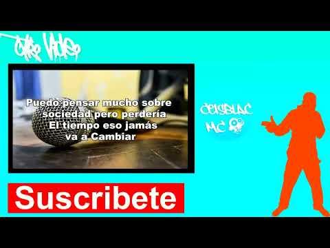 Grabando en estudio de grabación casero (RAP)