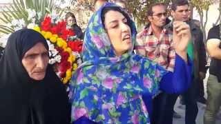 سخنان حماسی و منطقی و شجاعانه ی نرگس محمدی بر مزار ستار بهشتی در دومین سالروز شهادت ستار