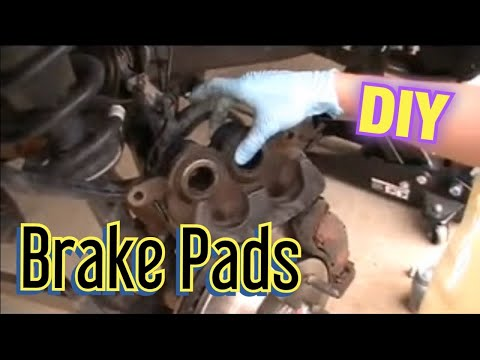 07 Chevy Silverado Sierra 1500 brake job change pads rotors how to change brake pads and rotors
