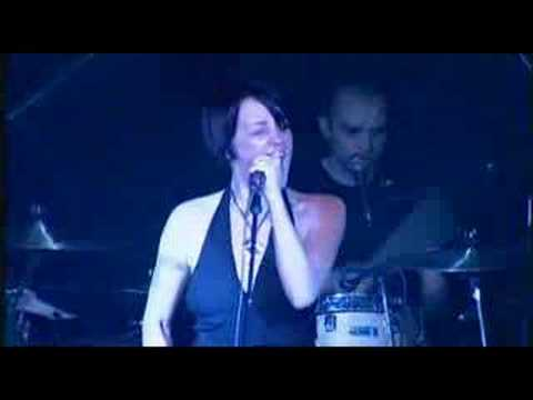 Holly McNarland - Beautiful Blue - YouTube