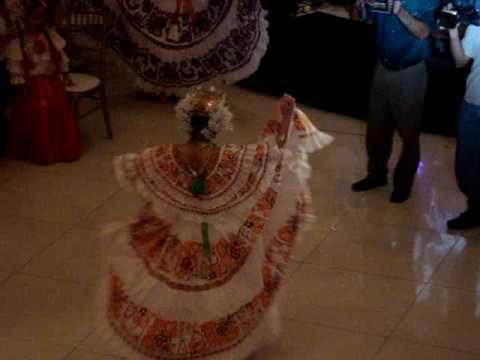 50 Coronas con Tradicion y Folcklore - S.R.M. Nadia Mabel Villalaz Dominguez