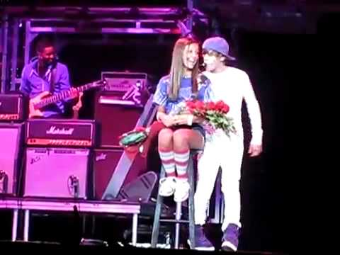 One less lonely girl he ALMOST kiss her.mp3