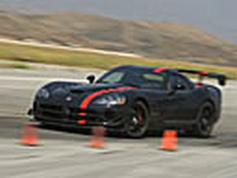 2008 Dodge Viper ACR - America's Best Handling Contender Video
