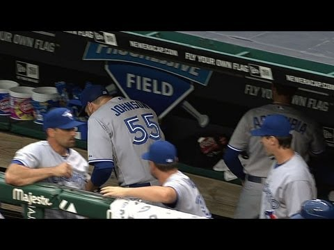 6'7'' Johnson hits head on dugout ceiling