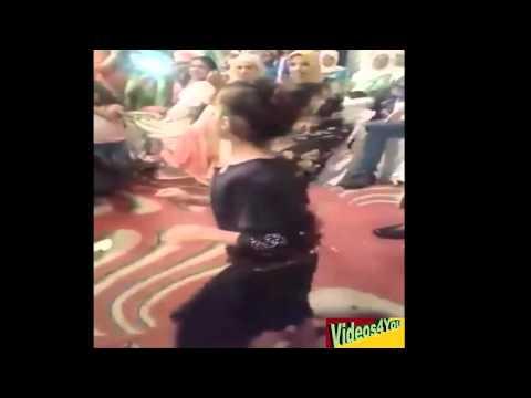 احلى رقص شعبي مغربي لفتاة صغيرة thumbnail