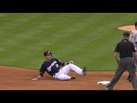 PIT@MIL: Lucroy pads Brewers' lead with RBI double