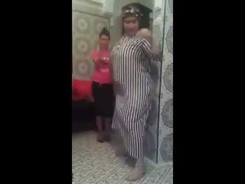 جديد رقص شعبي مغربي بالغرفة حركات مثيره thumbnail