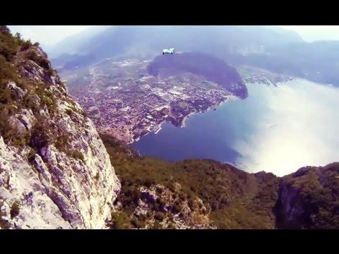 вингсьют экстрем - приземление без парашюта