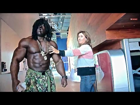 Jamaica Muscle At The Youtube Space